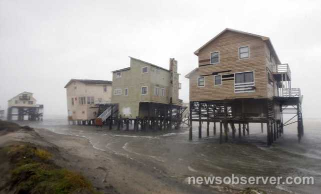 Hurricane Irene beach front homes Nags Head NC