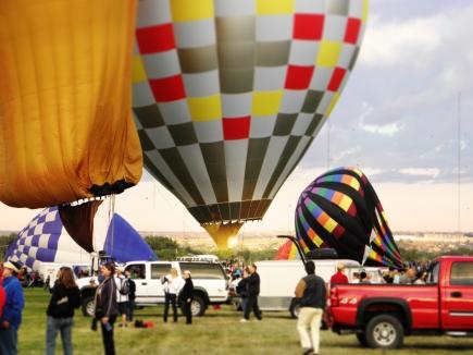 Albuquerque Balloon Fiesta Special Shapes pilot hitting their burner