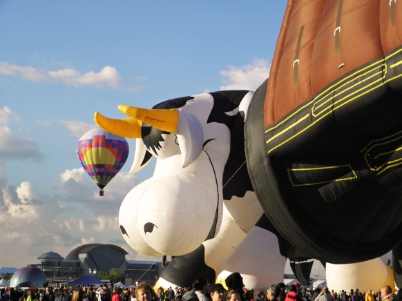 Albuquerque Balloon Fiesta Special Shapes Airabelle the Flying Cow