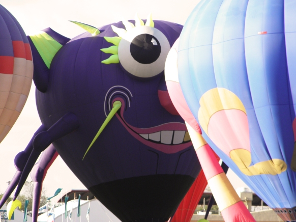 Albuquerque Balloon Fiesta Special Shapes Purple People Eater