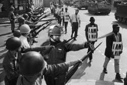 Lt John Pike pepper spraying cop and Civil Rights March