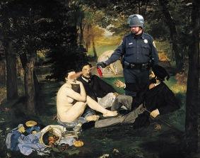 5 Lt John Pike pepper spraying Manet's Le Déjeuner Sur L'herbe