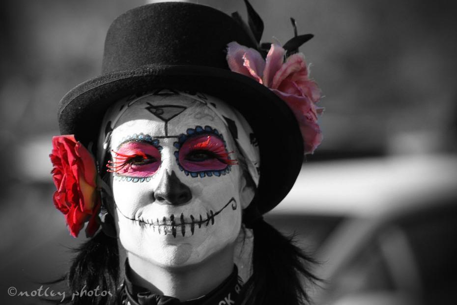 Dia-de-los-Muertos-Marigold-Pre-Parade-Nov-6-2011-04