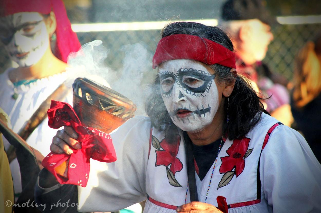Dia de los Muertos Marigold The Parade Nov 6 2011 02