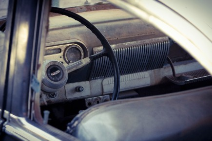 Old car to restore dashboard 01