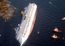 The Costa Concordia, off the west coast of Italy at Giglio island, on January 14, 2012. (Reuters/ Italian Guardia di Finanza)