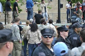 NATO Protest Chicago Veterans returning medals 02