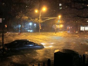 Lower east side Manhattan flooding