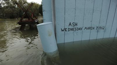 Floodwater from Hurricane Sandy creeps up on the Ash Wednesday Storm of 1962's mark at the Oyster House in Bayford, Va., on Sunday, Oct. 28, 2012. (AP)