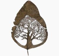 Spanish artist Lorenzo Duran leaf carving 2