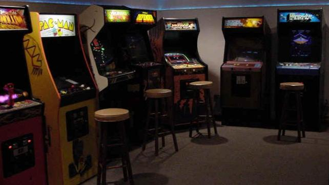 80s video games area