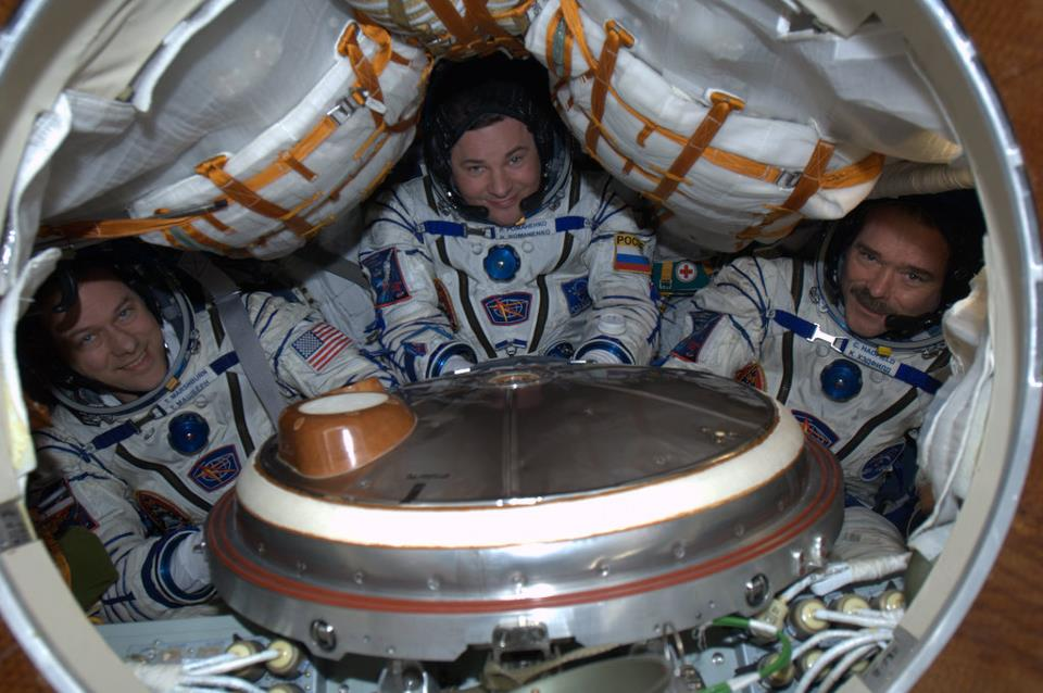 Cris Hadfield ISS returning to earth in the Soyuz capsule