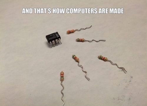 funny-pictures-computer-geek-auto-842059