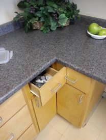 kitchen_drawers_you-had-one-job_2