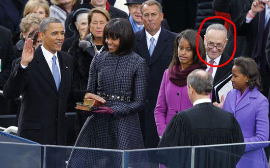 schumer-photobomb-inauguration