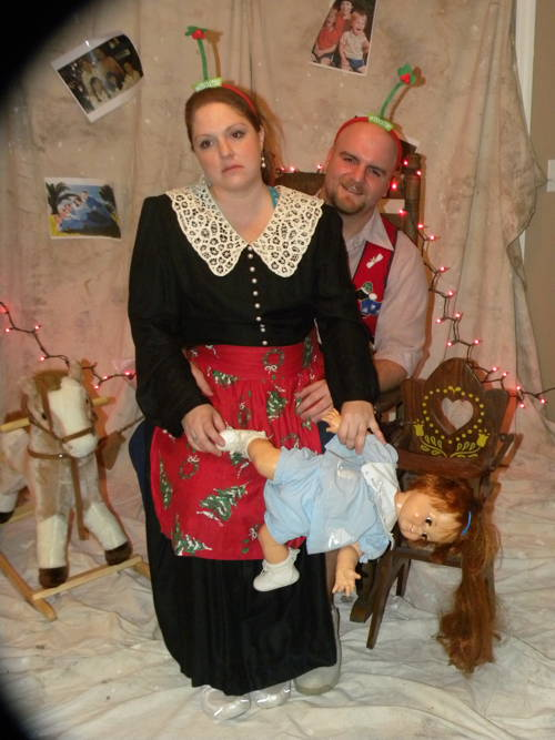 Awkward Christmas Family Photos and other Holiday Humor ...