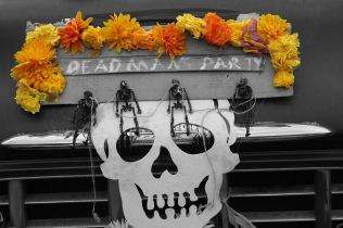 BW-Color_deadman's_party-sign