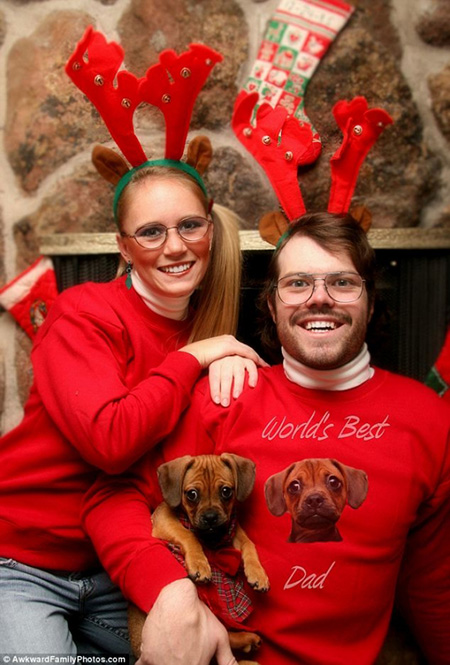 weird christmas family photos 2