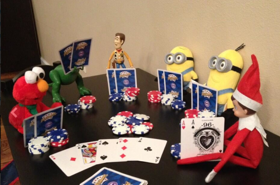 elf-on-the-shelf-playing-cards-minions