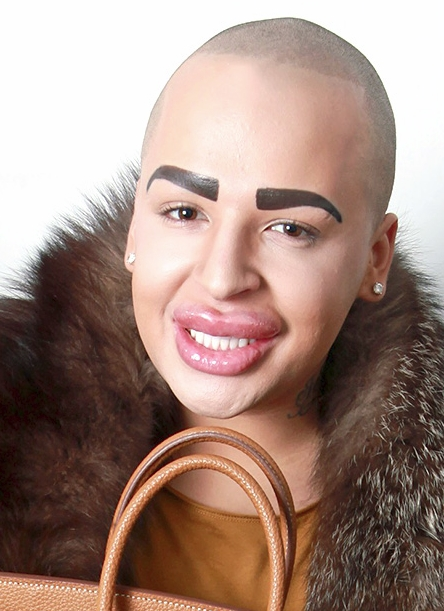kardashian-lookalike-03
